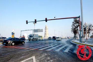 """哈尔滨街头新景观—— """"PLUS版红绿灯""""已上线!"""
