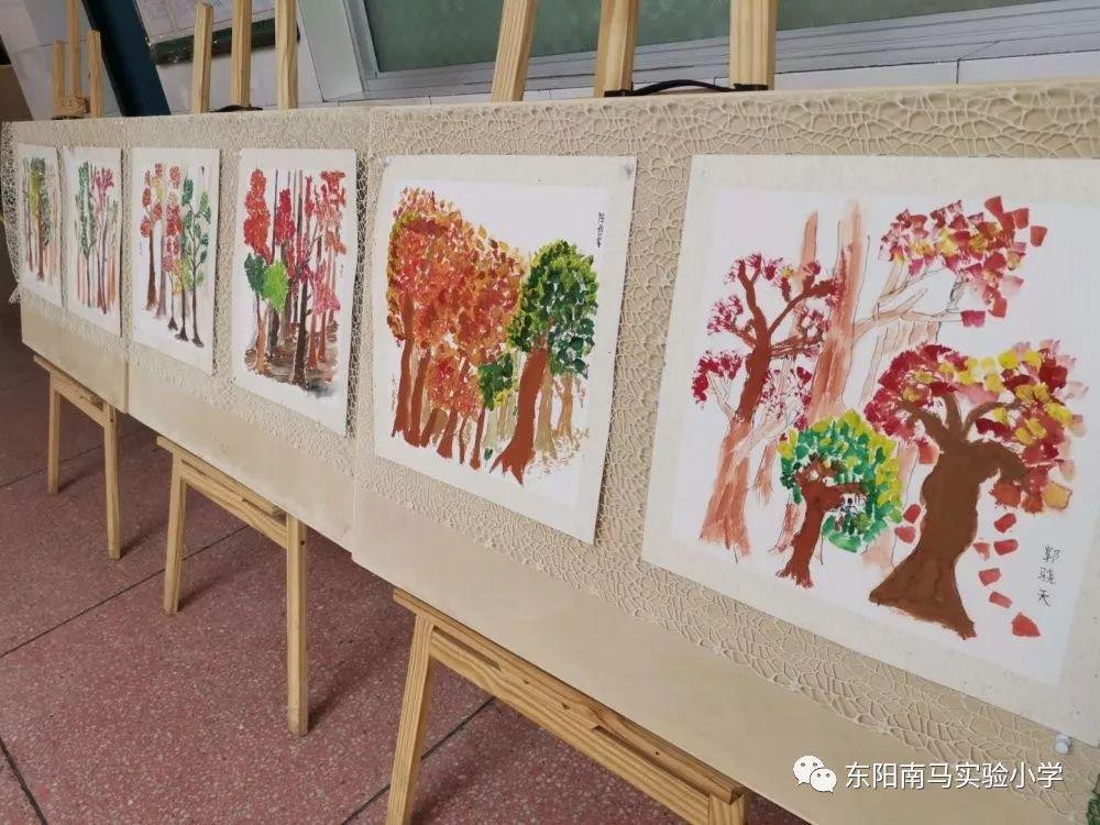 南马实验小学庆元旦书画展 朴素的展 纯真的心