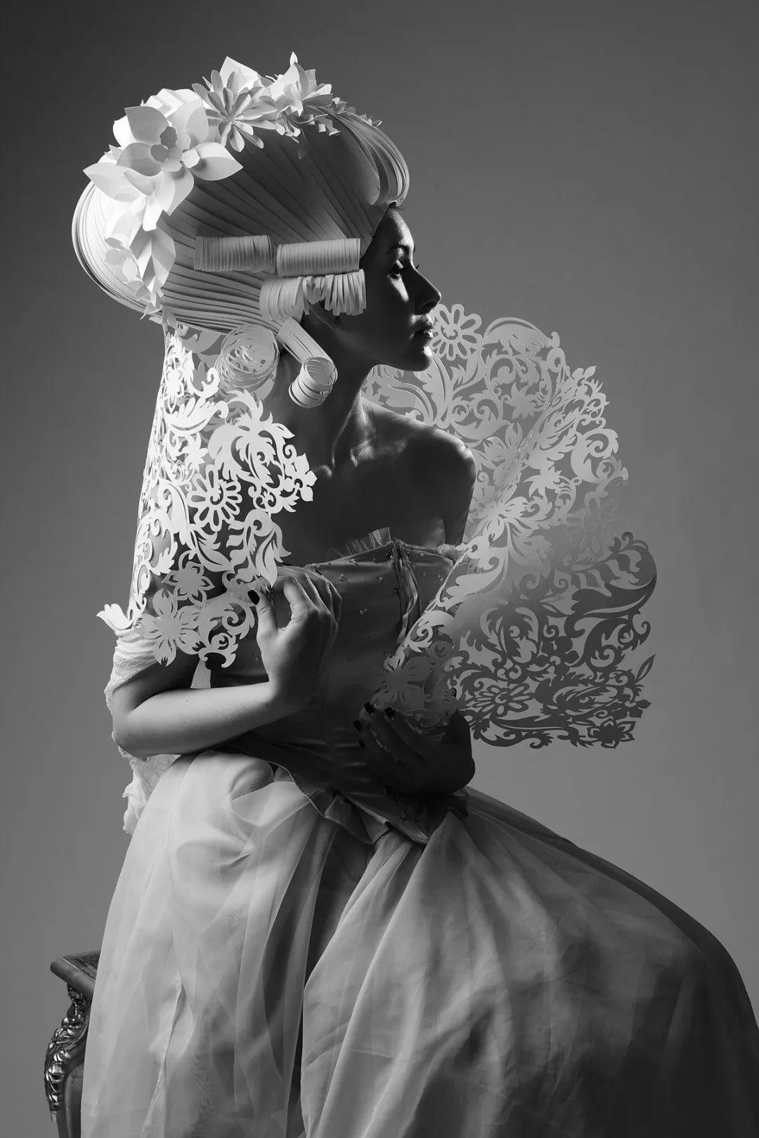 转载:她把一张普通的纸,做成华美的婚纱礼服,惊叹无数人!