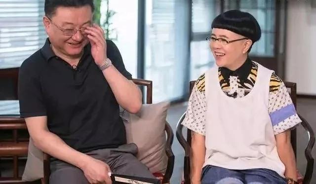 """央视""""国脸""""王宁,为工作三年未见女儿一面,离职后常做噩梦"""