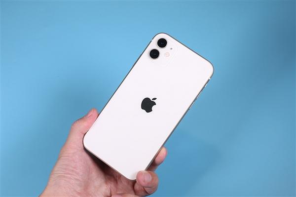 iPhone12细节曝光:用上更轻更薄屏幕