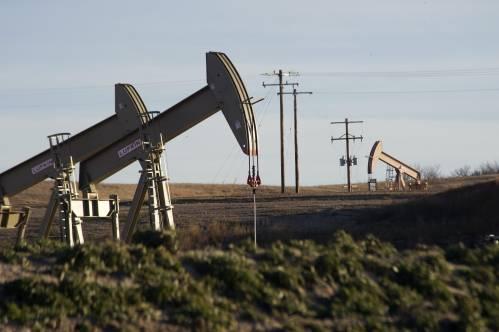 """多年高速增长终结?美国页岩油产业因这件事""""踩刹车""""……"""