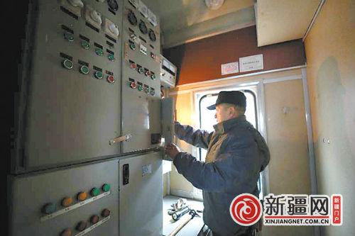 新疆铁路今年首趟支援南方春运列车出发