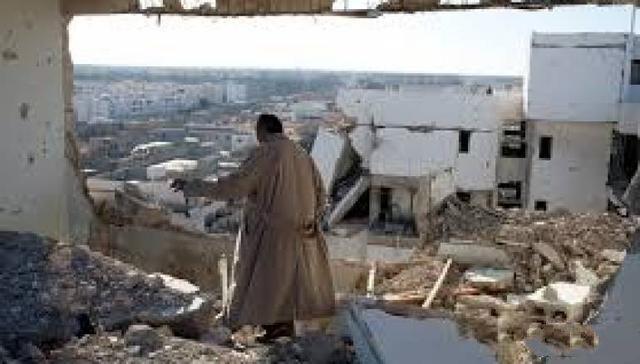 至少30死33伤!伤亡惨重,利比亚战机轰炸军校宿舍!_塔尔
