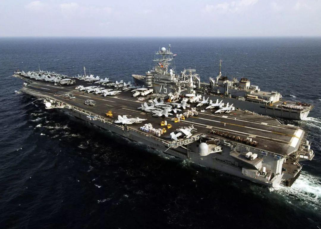 美军航母战斗群就位,1200枚导弹全部通电,伊朗52处目标被锁定_杜鲁