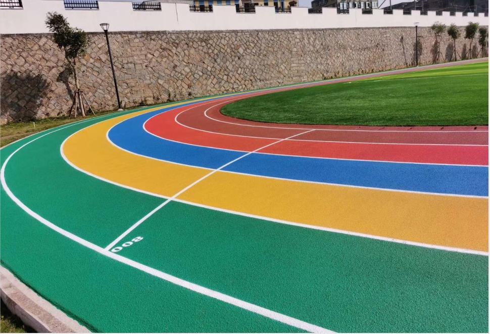 彩色塑�z跑道