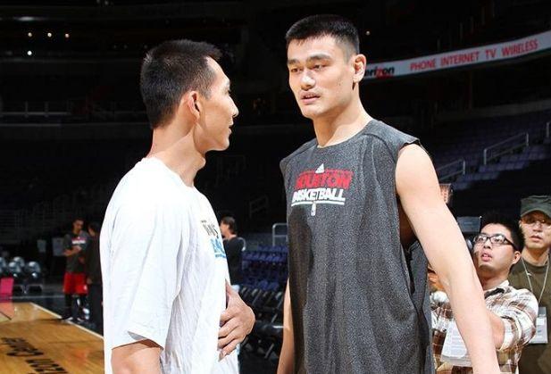 【热文】质疑?杜峰公布中国男篮球员选拔标准,姚明的表态像泼了一盆冷水