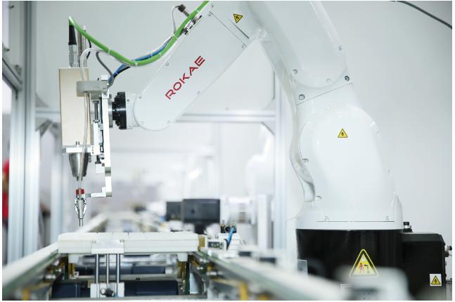 直流无刷微电机,2019年度盘点:10大风云人物指点江山,国产机器人崛起正当时_产业