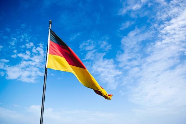 想去德国的他,为什么最终却办了希腊移民?_德国新闻_德国中文网
