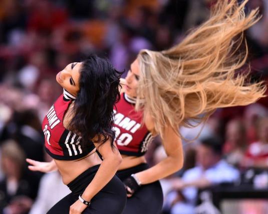 NBA為什麼要嚴禁球員與啦啦隊接觸?主要因為這三點,魔獸曾爆出「醜聞」!-黑特籃球-NBA新聞影音圖片分享社區