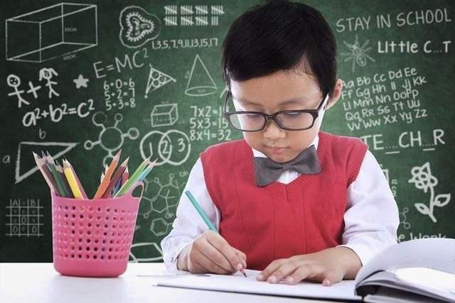 北京聚师网资讯:中小学课堂辅助APP诱导消费如何退费?-聚师网教育