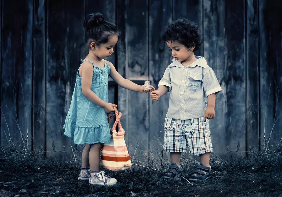 当多动症孩子被小伙伴嘲笑,如何回应才最合适?