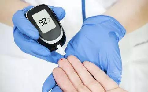 谈医论症 牙周病与糖尿病的相关性