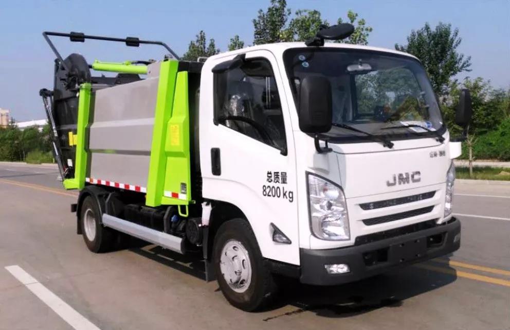 刘国江陵无泄漏压缩垃圾车价格-小型环卫垃圾车图片