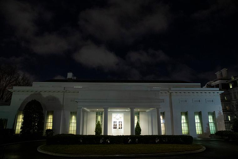 伊朗威胁袭击美国本土 白宫加强安保