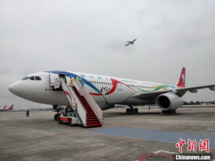 2020年春运川航加飞652航班新开2条国内赴日本航线