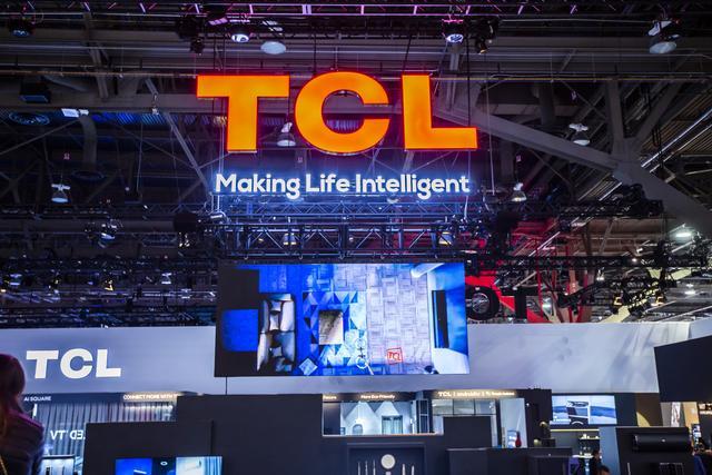 TCL 在CES大展上秀肌肉,8K、MiniLED、旋转电视纷纷亮相