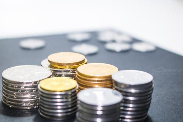 会计年终账务处理指南!4 个案例讲清跨年收入怎么处理!