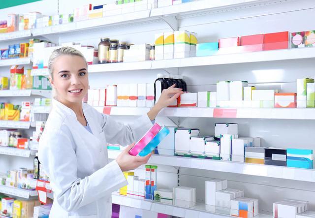 医院卖的药与外面药店卖的药有啥区别?谁的更便宜些?药师这么说