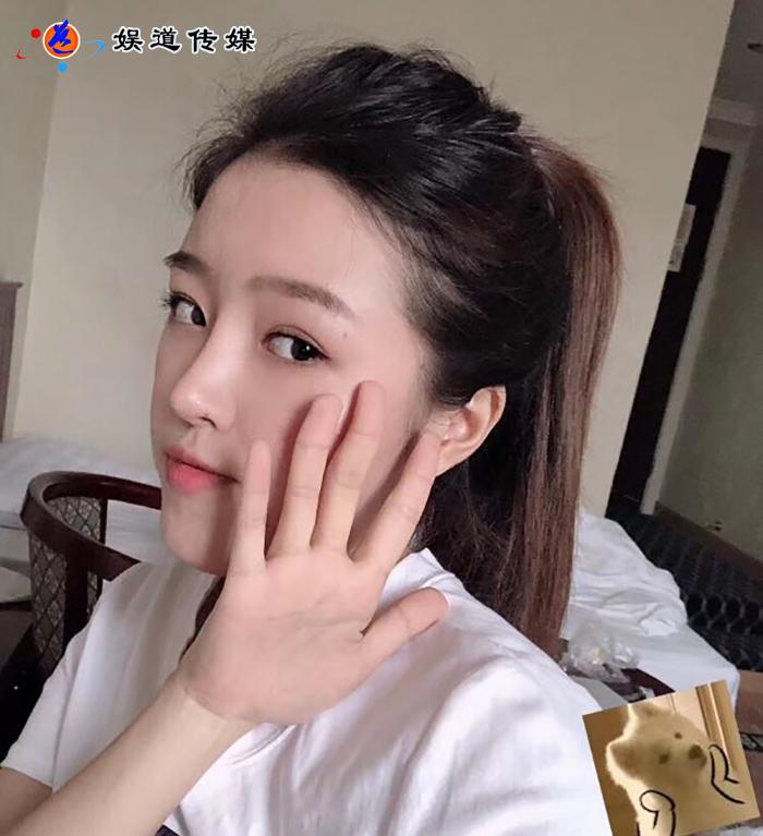 新生代華語女歌手羅文萱