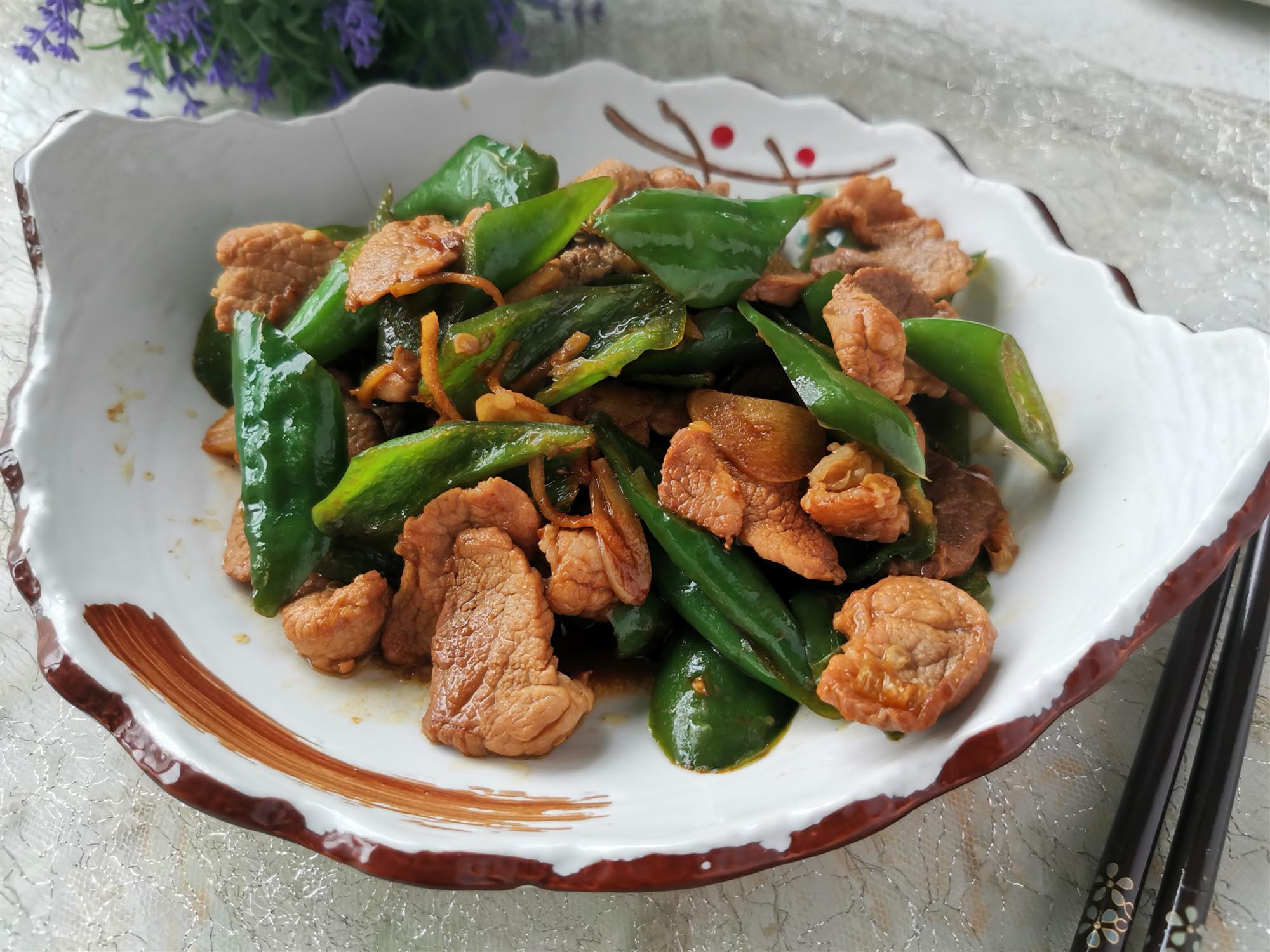 家常菜辣椒炒肉,教你小技巧,辣椒入味,肉片鲜嫩不柴,特别下饭_瘦肉