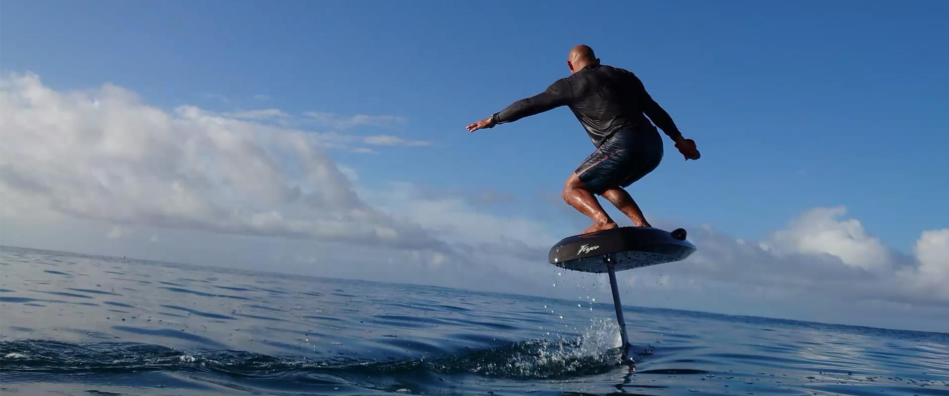 【CES2020】WaydooFlyer电动水翼冲浪板发布,滑浪无需乘风