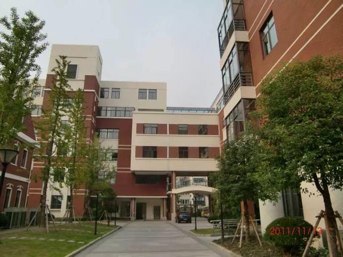 上海民办南模中学:魔?#21450;?#22823;金刚第一梯队的老牌名校,引进加拿大BC课程12年