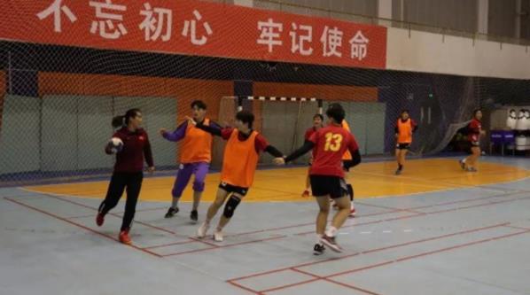 中国女手冬训狠抓基本功 备战落选赛冲击奥运会