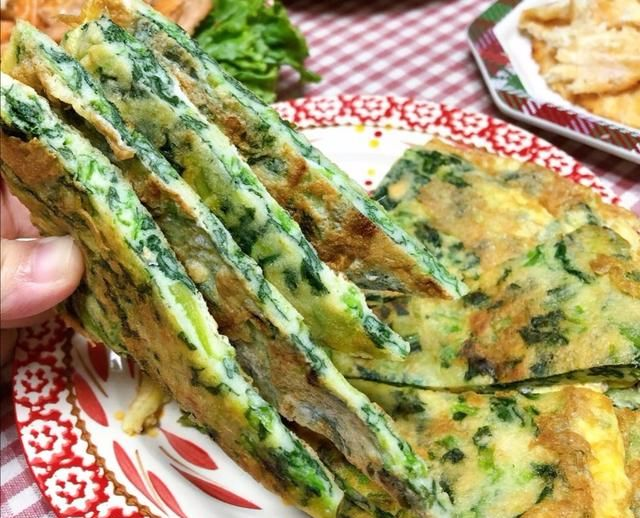 菠菜里面加两个蛋,这么做营养又好吃|菠菜鸡蛋羹