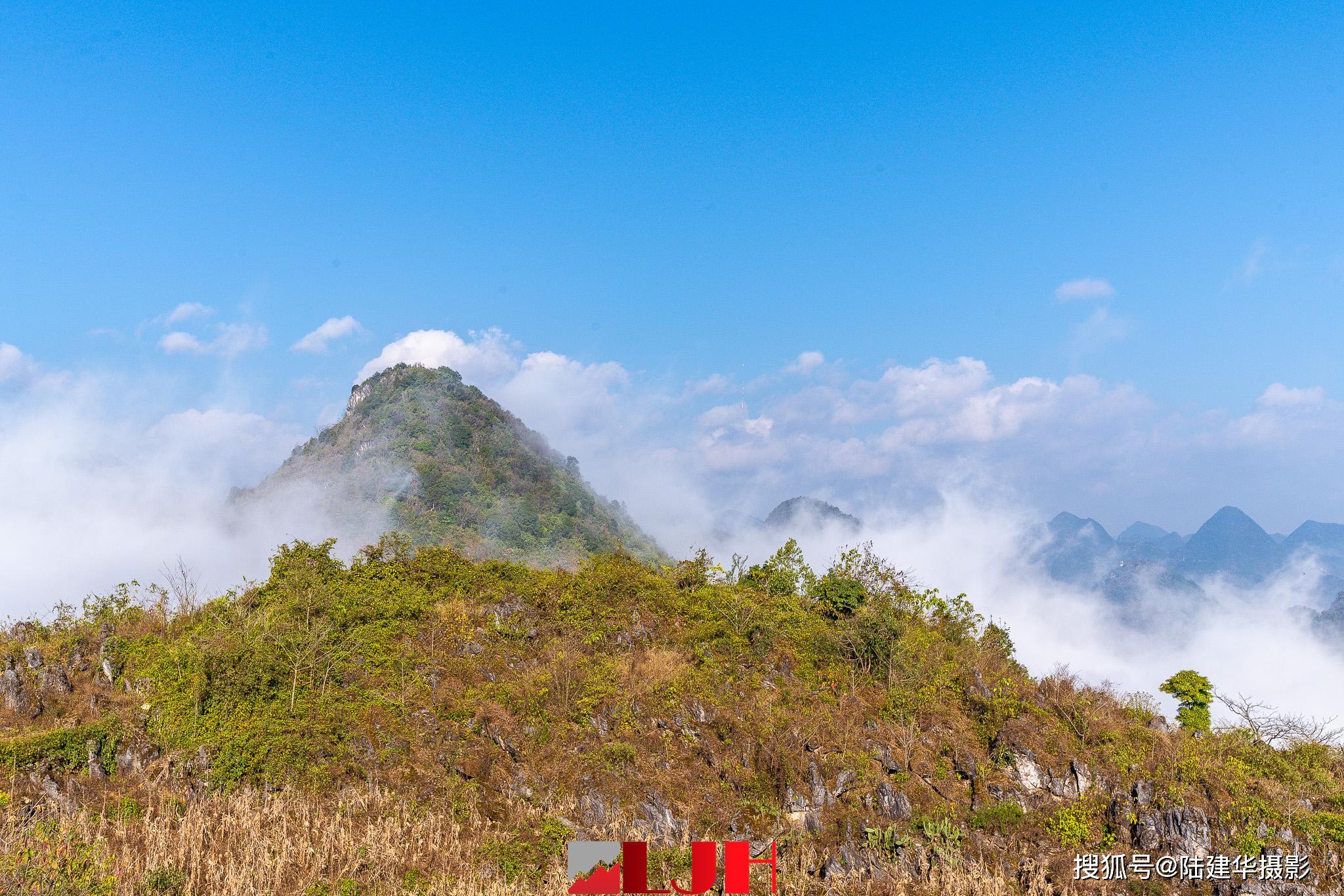登兴义玉皇顶赏云海,居然不识万峰林的真面目