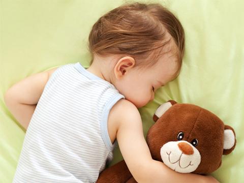 """[宝宝爱好很""""奇怪""""!锅铲、鸡毛掸子、玩具零件,这不是怪癖]"""
