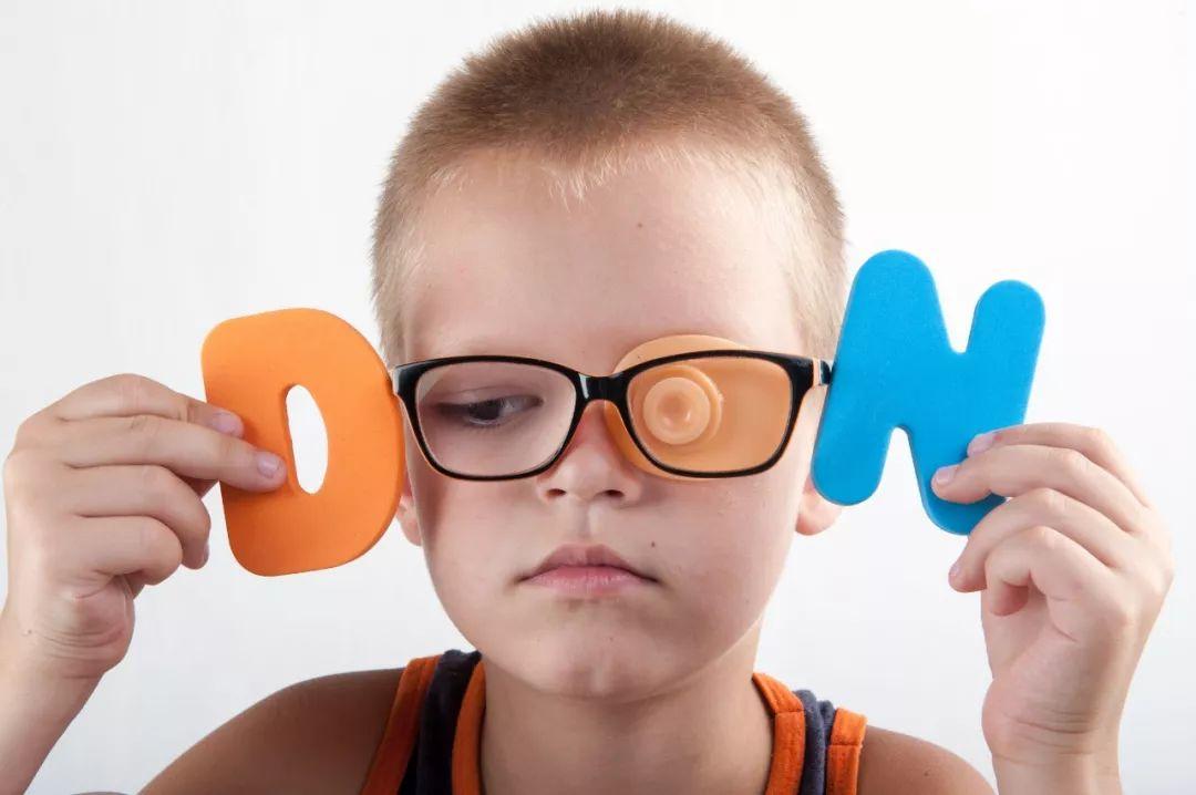 """【一颗水果味""""软糖""""就能提供孩子营养?原来""""脑黄金""""还可以这么补!"""