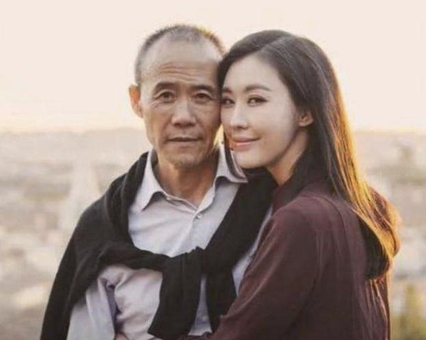 田朴�B疑否认与王石婚姻危机:老夫少妻有真爱吗?
