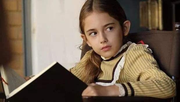 跟小李子配戏年纪最小的女星