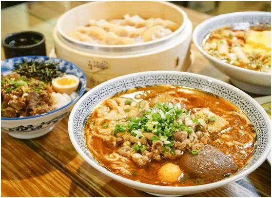 中国4种不被模仿的美食,只能在本地大火,外地几乎无人问津: