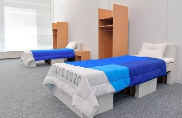 """煞风景?东京奥运村用硬纸板做床太""""简陋""""引群嘲"""