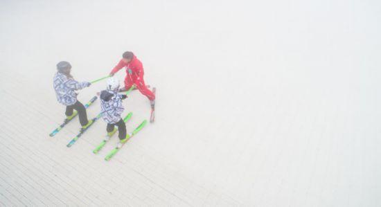 安排!泡汤、滑雪、研学 冬季的贵州就该这样玩