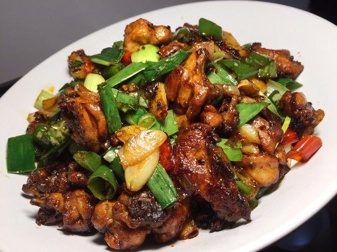 [家常鸡肉菜谱,简单美味的炒鸡做法,就是这么好吃,吃不够]