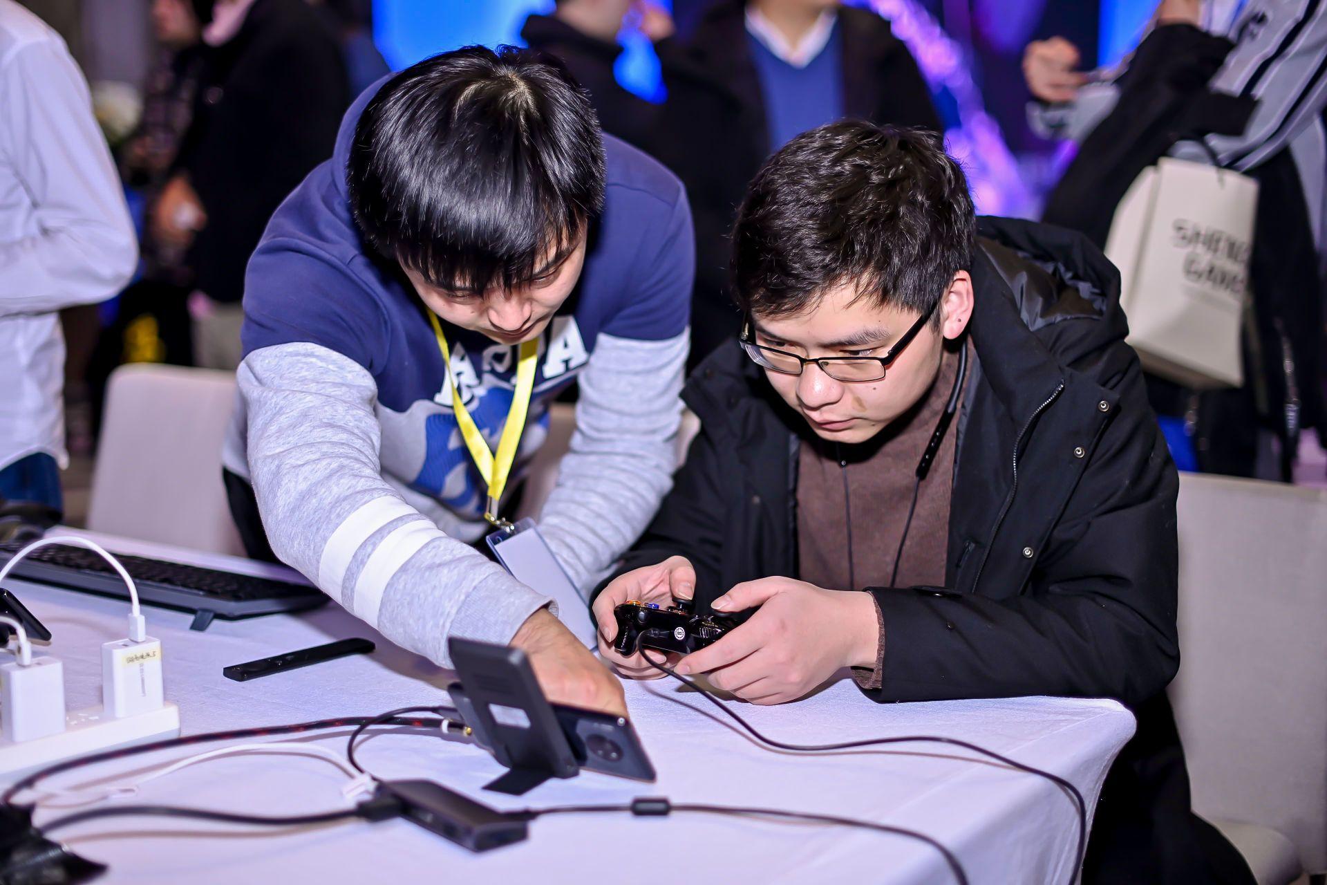 """想要""""云游戏自由"""",盛趣游戏将如何与谷歌、微软竞争?"""