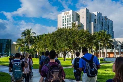 2020美國4所頂尖大學夏校申請截止日期!快看!