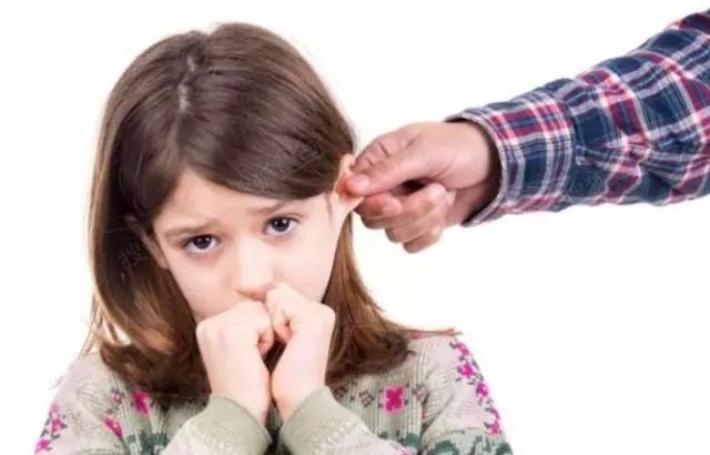 格局低的父母,就喜欢在孩子面前做的事