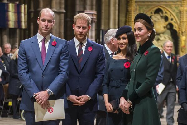 """英女王发声明:支持哈里和梅根""""开始新生活"""""""