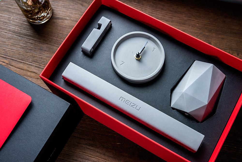 魅族2020新年礼盒开箱:简约设计寓意深远