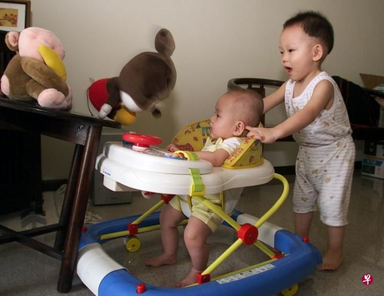 三个原因容易导致孩子O型腿,中一个,妈妈都要赶紧纠正了