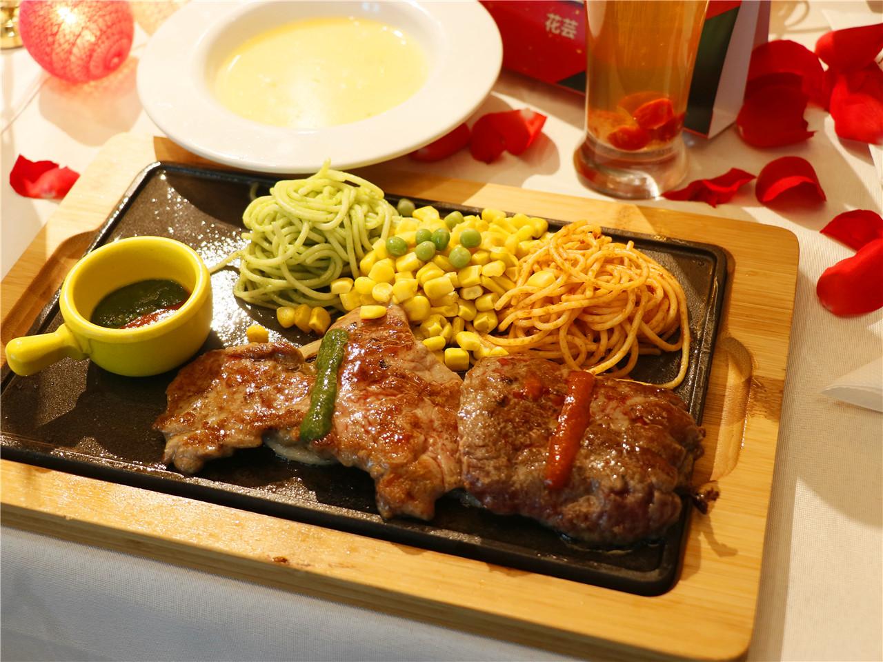 火锅底料成年货之王,双椒美味的魔力双椒牛排成为牛排首选