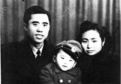 江姐29岁壮烈牺牲!当年杀害她的特务,新中国成