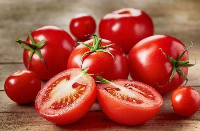 西红柿生吃还是熟吃?去皮还是不去皮?营养师一次性和大家说清楚