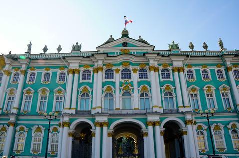 曾遭俄罗斯人反对,这座彼得大帝强行修建的城市,却成了国家象征