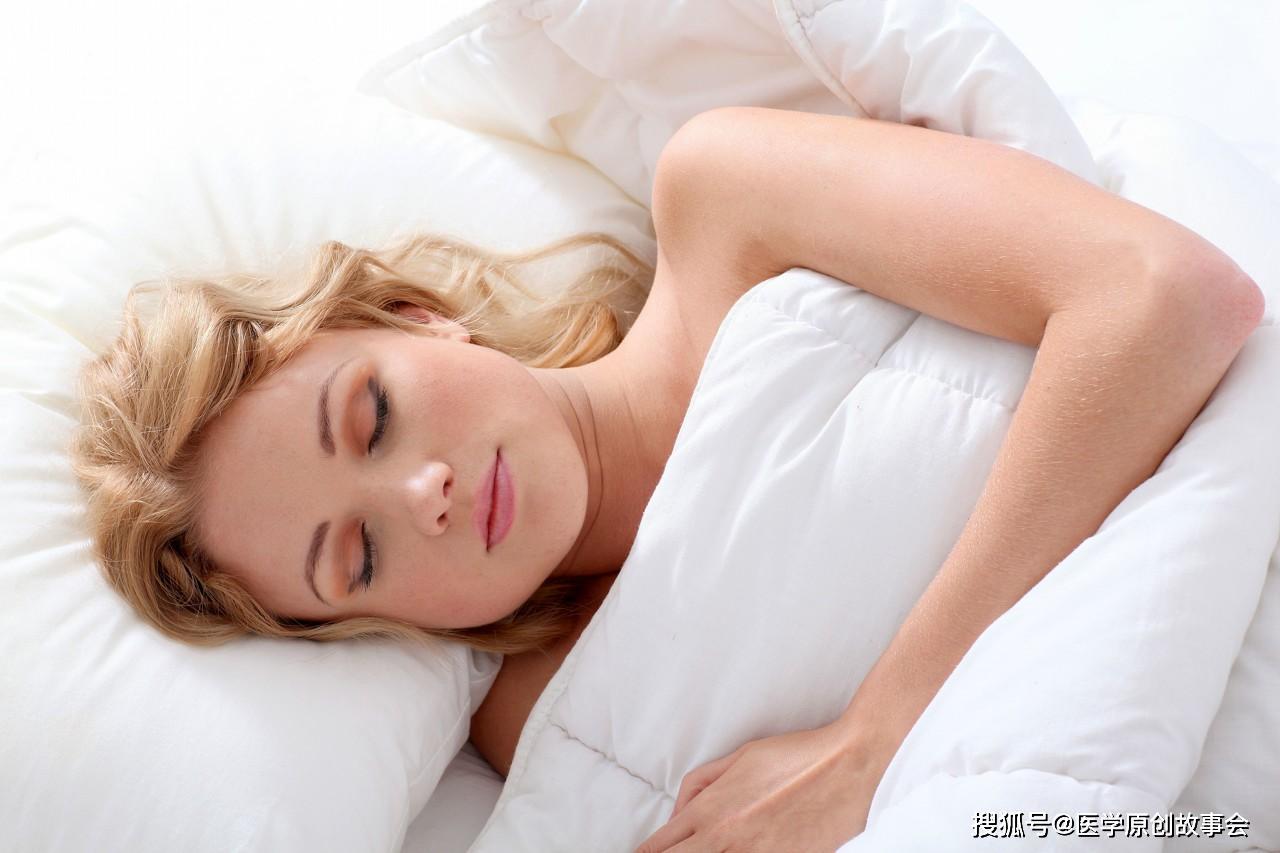 原创熬夜时出现四个异常,离疾病会很近,若你全都没有,恭喜你很健康