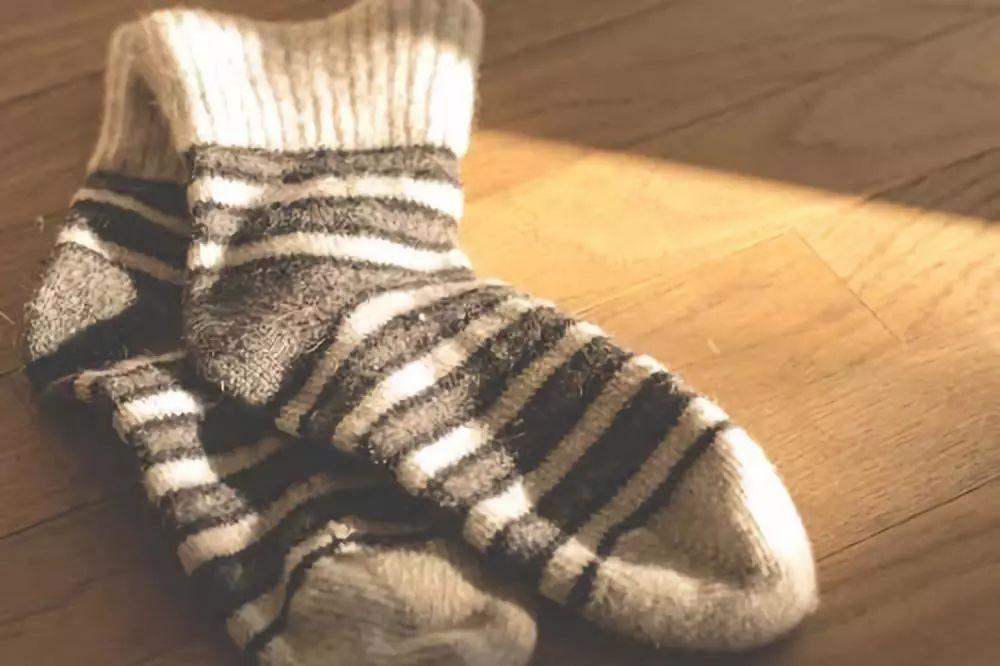 内裤和袜子到底能不能一起洗?终于有了答案!